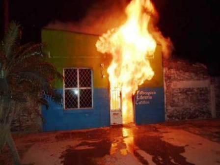 Incendio de Radio Tres, en la localidad de Corzuela, Chaco